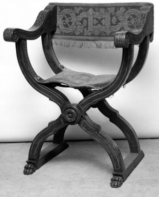 Image for Inlaid Dante armchair (reproduction) upholstered in red material with gold embroidery